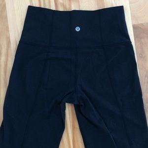 Lululemon High-rise Bootcut leggings